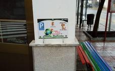 Vegas del Genil instala «parkings para mascotas» en todos sus edificios municipales