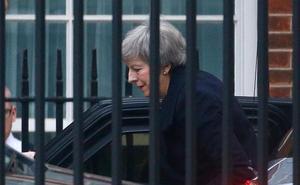May se opone a otro referéndum del 'brexit y critica a Blair por pedirlo