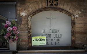 Denuncian el desalojo de «tumbas con gran valor histórico» en el cementerio
