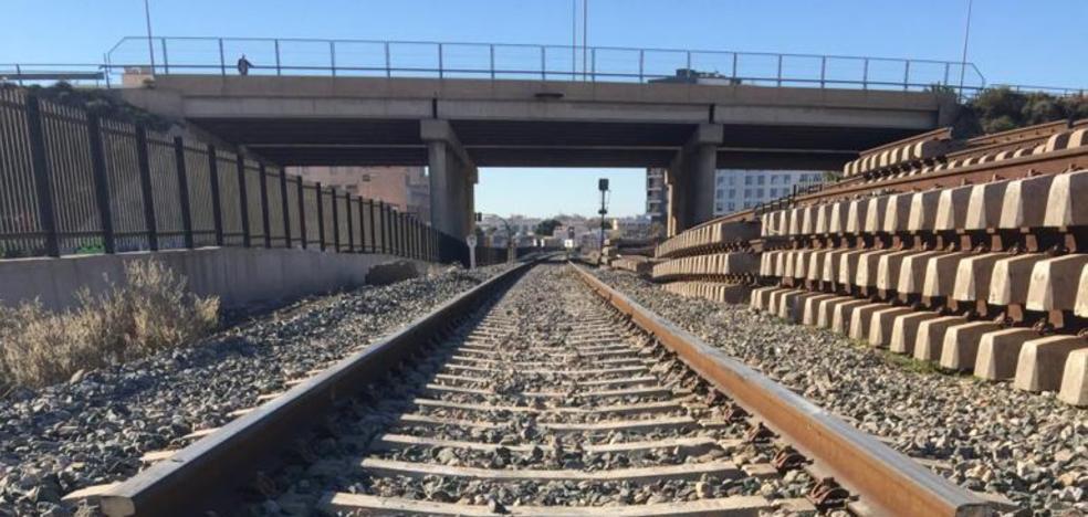 Fomento, despreocupado por los retrasos en los trenes: «la puntualidad supera la media»