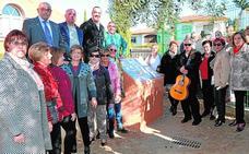 Cájar dedica un parque al compositor Paco Jiménez