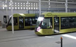 El Ayuntamiento de Jaén lleva a la Junta a un contencioso por el cobro de los recargos de apremio de los vagones del tranvía