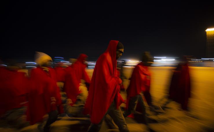 Llegan en buen estado a Motril los 99 inmigrantes rescatados en Alborán