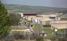 Un condenado por abusos trabaja con menores en el campo de tiro de Las Gabias