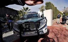 Sustraen un coche y roban 5.000 euros en un hotel de Tabernas