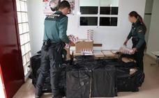 Tres detenidos en Guarromán con 10.250 cajetillas de tabaco de contrabando