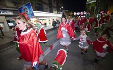 Los motrileños se disfrazan para empezar la Navidad con una divertida San Silvestre