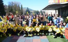 El Jaén Paraíso Interior FS visita a los niños del Complejo Hospitalario de Jaén