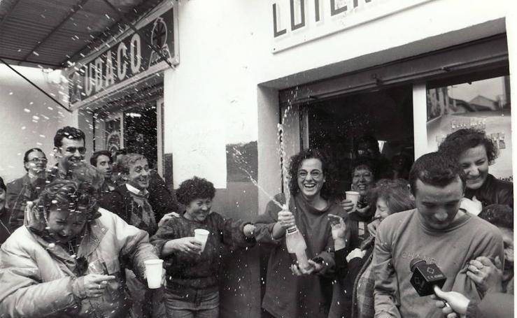 Viaje al pasado por los Gordos de la Lotería de Navidad que cayeron en Granada