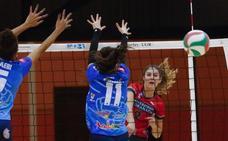 El Universidad coge aire tras vencer en cinco sets al Mairena