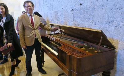 La Alhambra compra y restaura un histórico piano del convento de las Bernardas