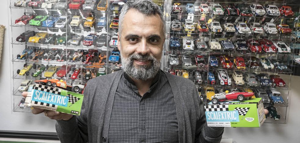 El gran concesionario de coches de 'Scalextric' de un abogado granadino
