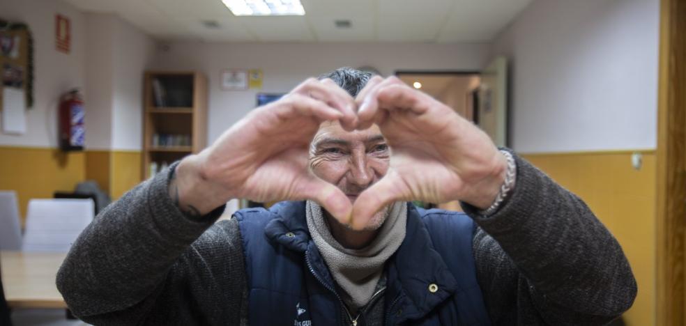 Una noche entera con el 'Equipo Amor' de Granada