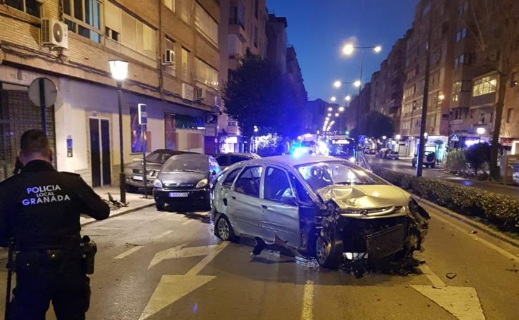 Un conductor ebrio colisiona durante 50 metros con dos coches en Camino de Ronda