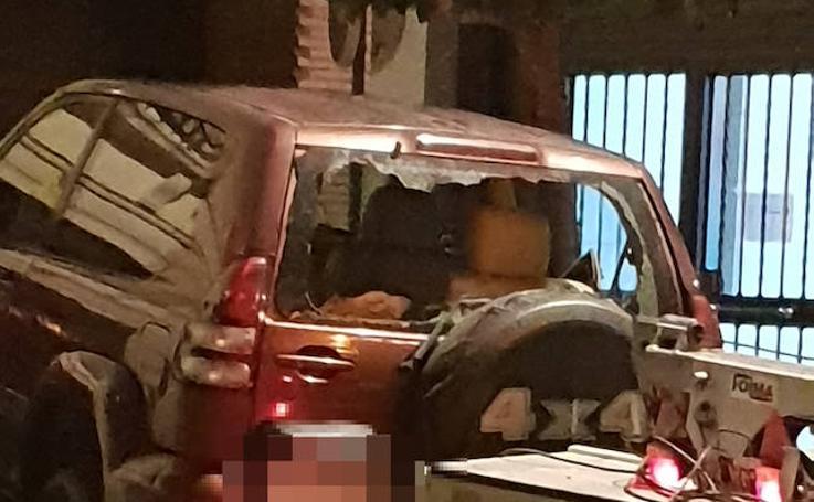 Este es el vehículo que circuló por el centro de Granada en dirección contraria