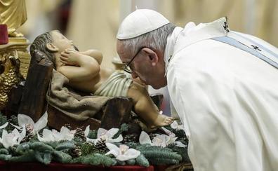 El Papa pide en Año Nuevo «una mirada materna» ante un mundo desunido y con mucha soledad