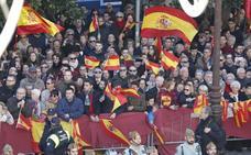 Las banderas 'toman' Granada en un gran día festivo