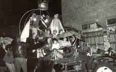 Así ha cambiado la cabalgata de los Reyes Magos en Granada en los últimos 70 años