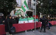 El Gobierno investiga la supuesta retirada de banderas en la Toma de Granada