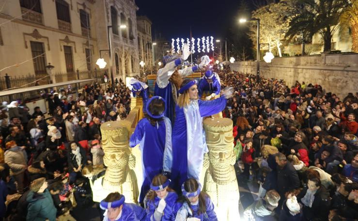 Todas las fotos de la cabalgata de los Reyes Magos en Granada