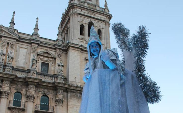 Así está siendo la cabalgata de los Reyes Magos por las calles de Jaén
