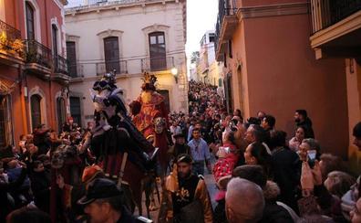 Melchor, Gaspar y Baltasar se dejan agasajar por una Almería feliz