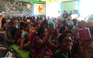 «Hay miles de Vicente Ferrer en India»