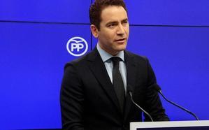 El PP plantea una contraoferta a Vox que se negociará esta tarde en Sevilla