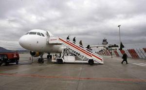 Presión para que Iberia no retire dos vuelos entre Granada y Madrid