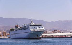 Armas pide tres meses más de plazo para poner un barco mejor en la línea entre Melilla y Motril