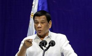 El presidente de Filipinas insulta a los obispos y asegura que «la mayoría son gays»