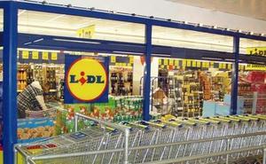 Novedad en los supermercados Lidl: adiós a los platos, pajitas o bastoncillos