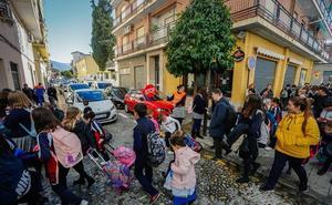 Realejo: Un análisis de la polémica de los itinerarios escolares seguros