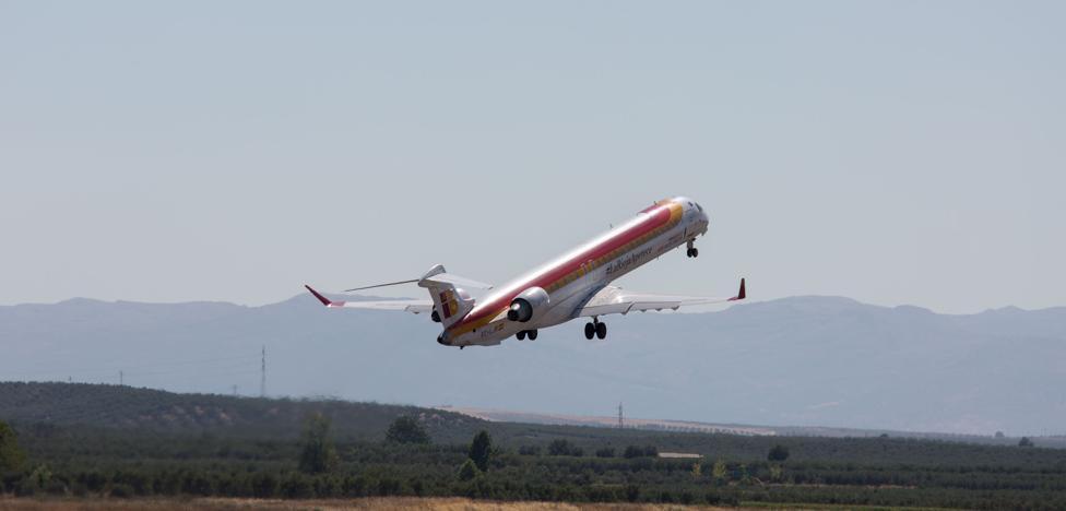 El alcalde y el presidente de la Diputación se reúnen con Iberia el lunes en Madrid