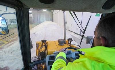 La sal de la tierra protege las carreteras