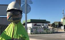 Trabajadores dicen que el plan de Cemex «cambia 200 empleos fijos cualificados por 34 mal remunerados»
