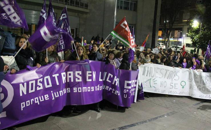 Más de mil personas reclaman igualdad en Jaén