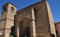 Identificado un vecino de Jaén como autor de las pintadas en la muralla de Plasencia