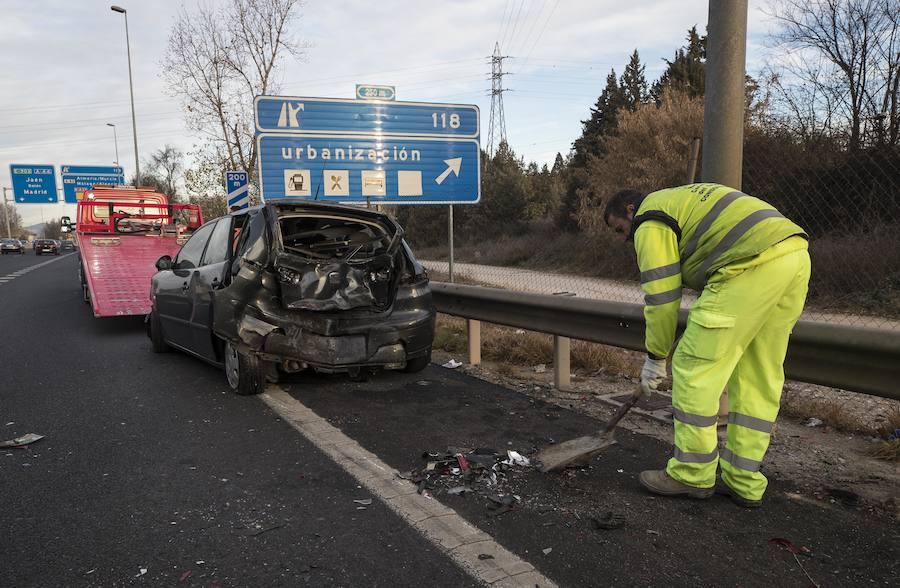 Así ha quedado el coche afectado por el accidente en la A-44