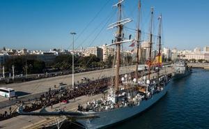 El 'Juan Sebastián de Elcano' inicia el XCI Crucero de Instrucción