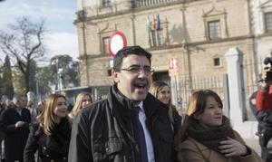 El PSOE pide a Moreno que cuente «el auténtico programa político de ultraderecha radical» que quiere llevar a cabo