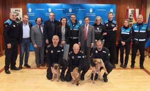 Los tres nuevos cachorros de la Policía Local de Granada que siguen los pasos de Stan Lee