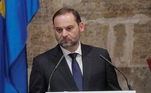 Ábalos dice que los cargos del PSOE están sujetos la «voluntad democrática de los afiliados»