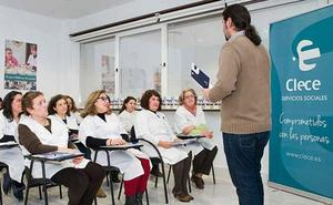 CC OO exige a Diputación que intervenga por el «abandono» de la ayuda a domicilio en la provincia
