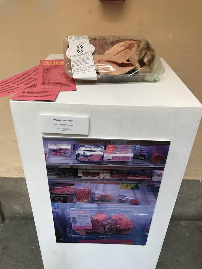 «Carne de vulva» en el Ayuntamiento de Granada