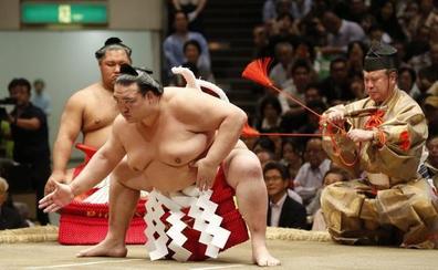 El sumo se queda sin su gran estrella: «Me voy por honor»