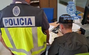 Desarticulan una red de «pisos patera» en Granada que cobraba por empadronar a extranjeros