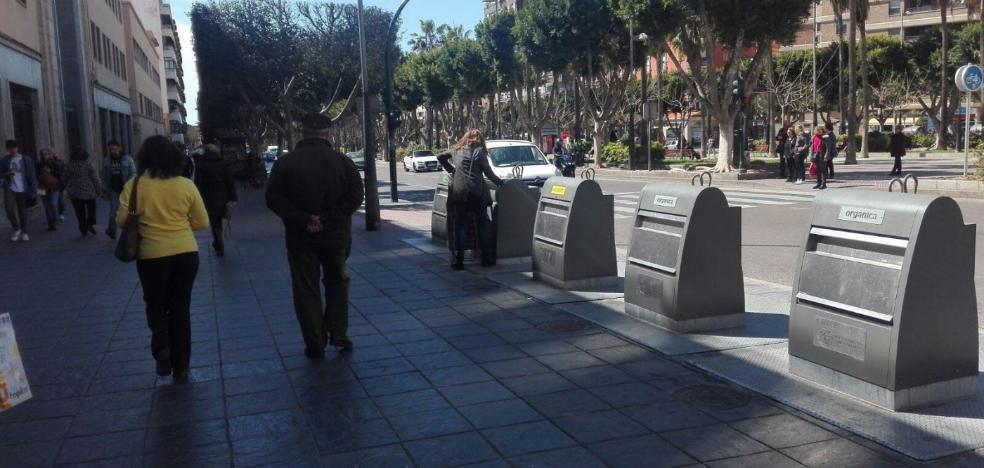 El Ayuntamiento modifica el contrato de recogida ante la instalación de los contenedores soterrados