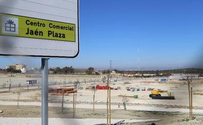 El arquitecto director del Jaén Plaza pide celeridad en las licencias de obra