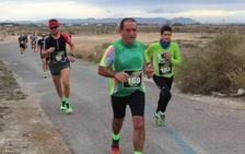 La carrera de los Espartanos llena de atletismo El Alquián